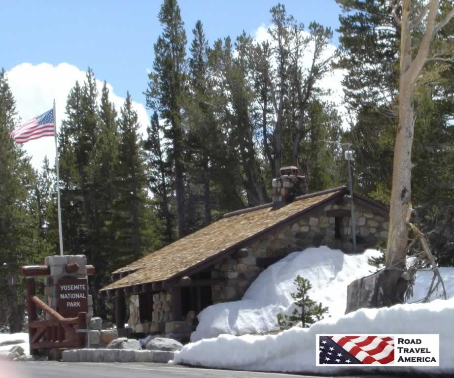 East entrance to Yosemite National Park on Tioga Road