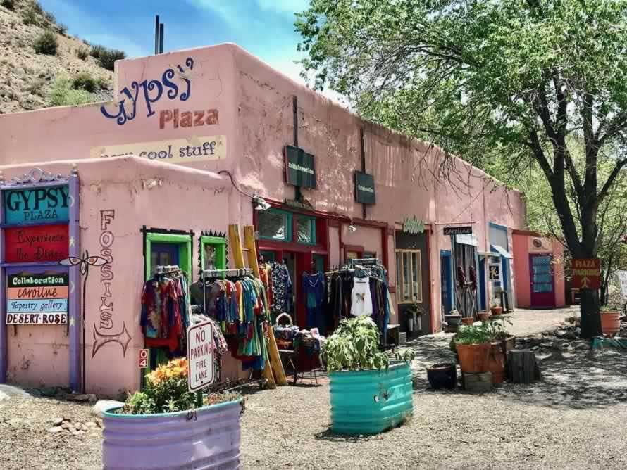 Turquoise Trail In New Mexico Travel Guide And Trip Planner Cerrillos Madrid Photos Maps Attractions And Hotel Information