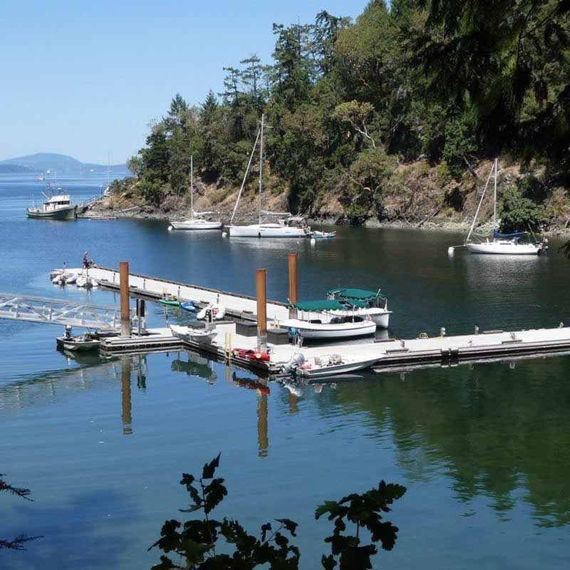 Boat landing and dock at Butchart Cove in Victoria
